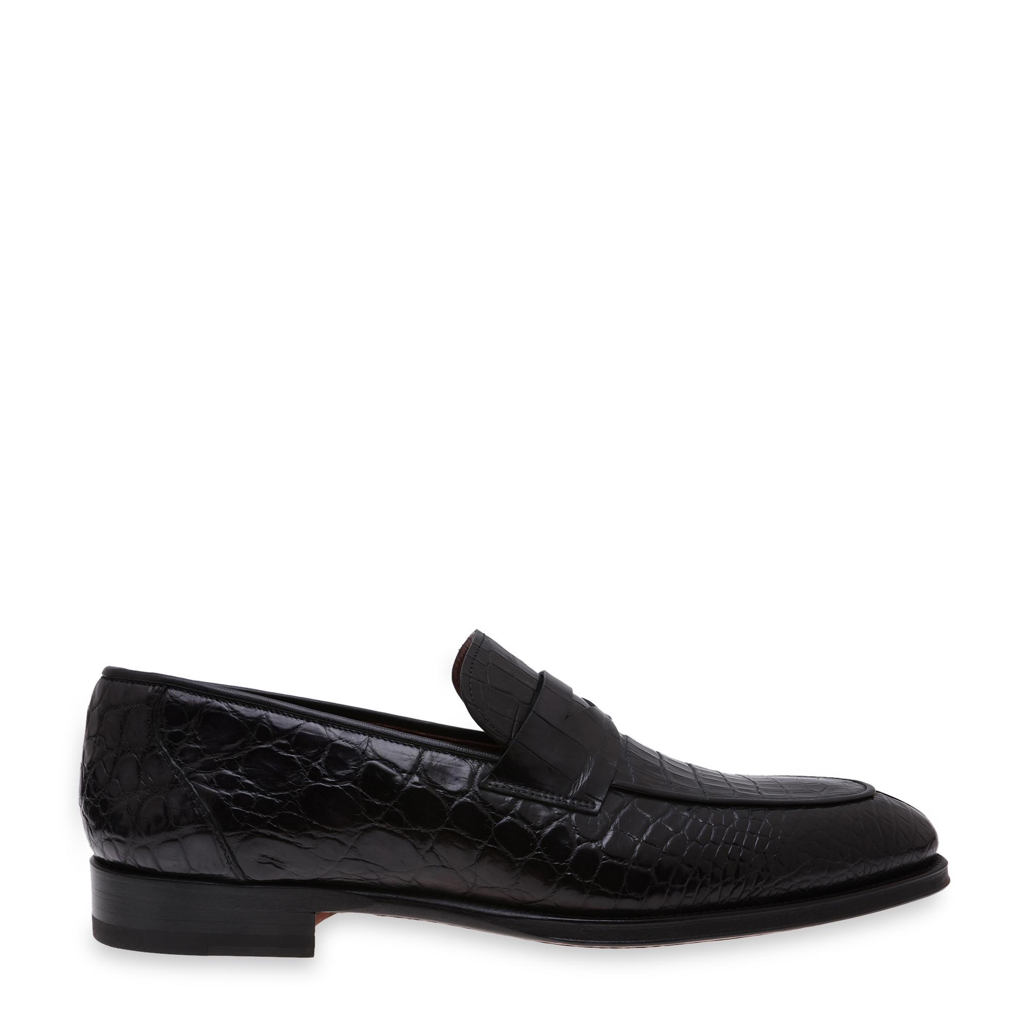 حذاء مسطّح جلدي دون أربطة