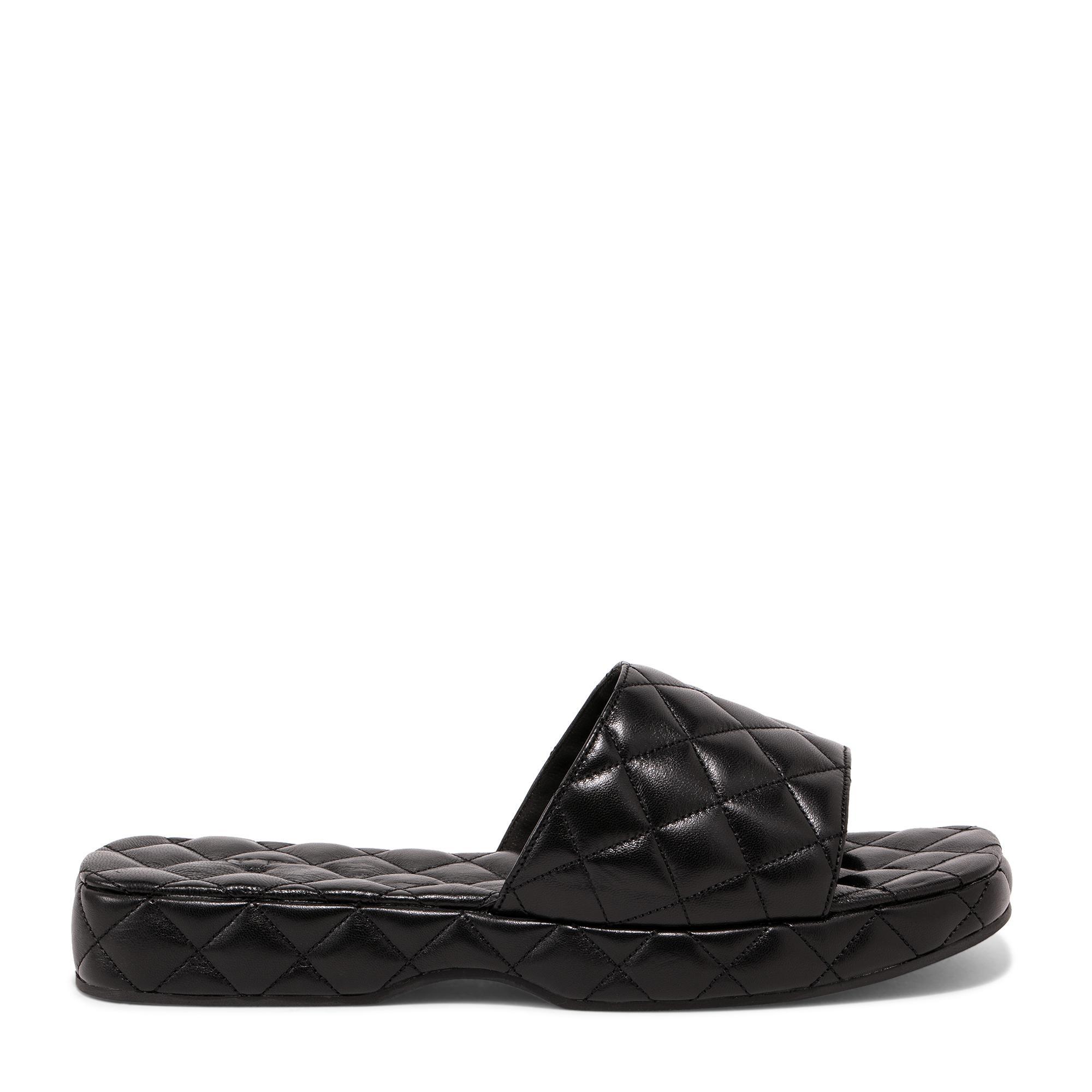 """حذاء """"ليلو"""" بكعب متصل"""