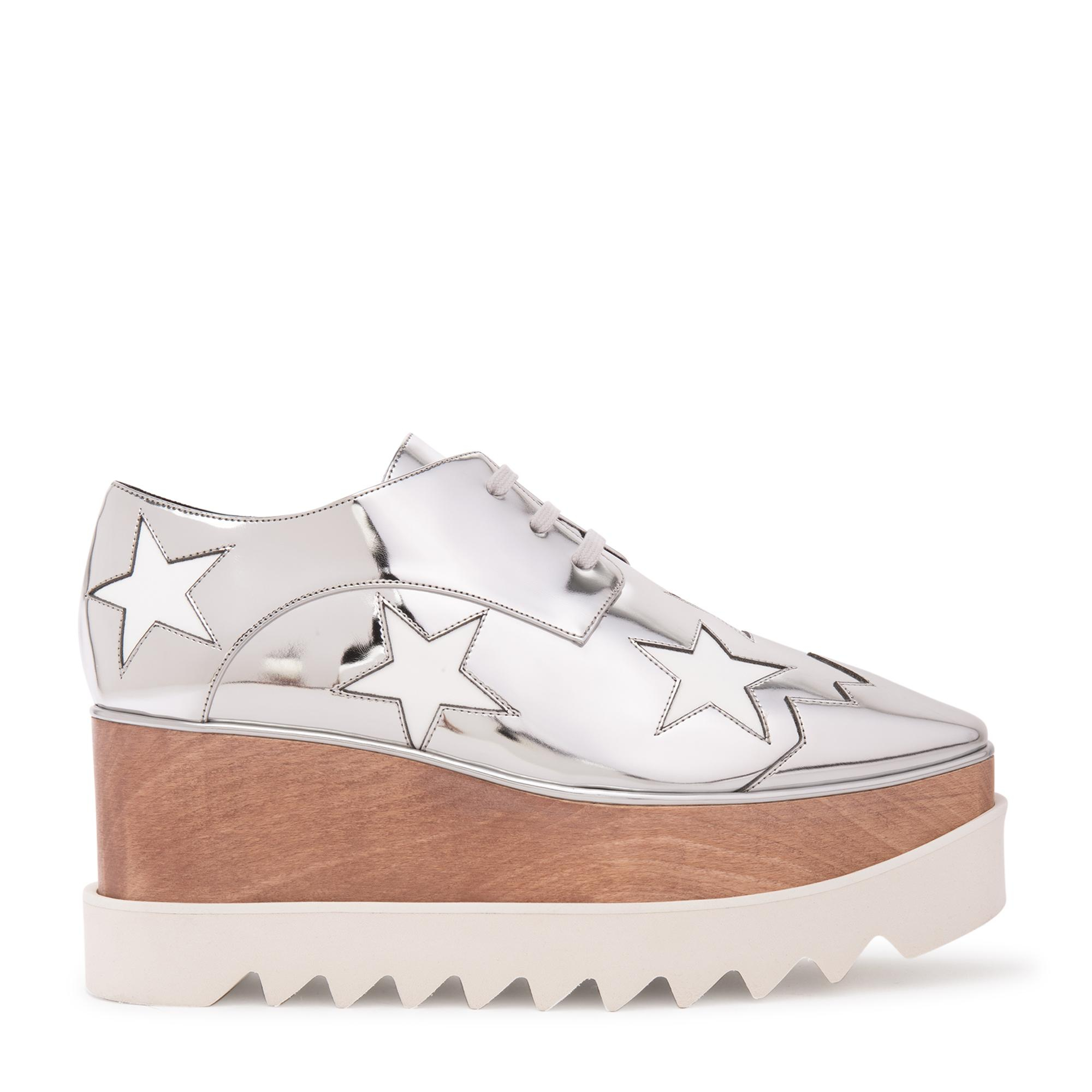 """حذاء """"إليس ستار"""""""