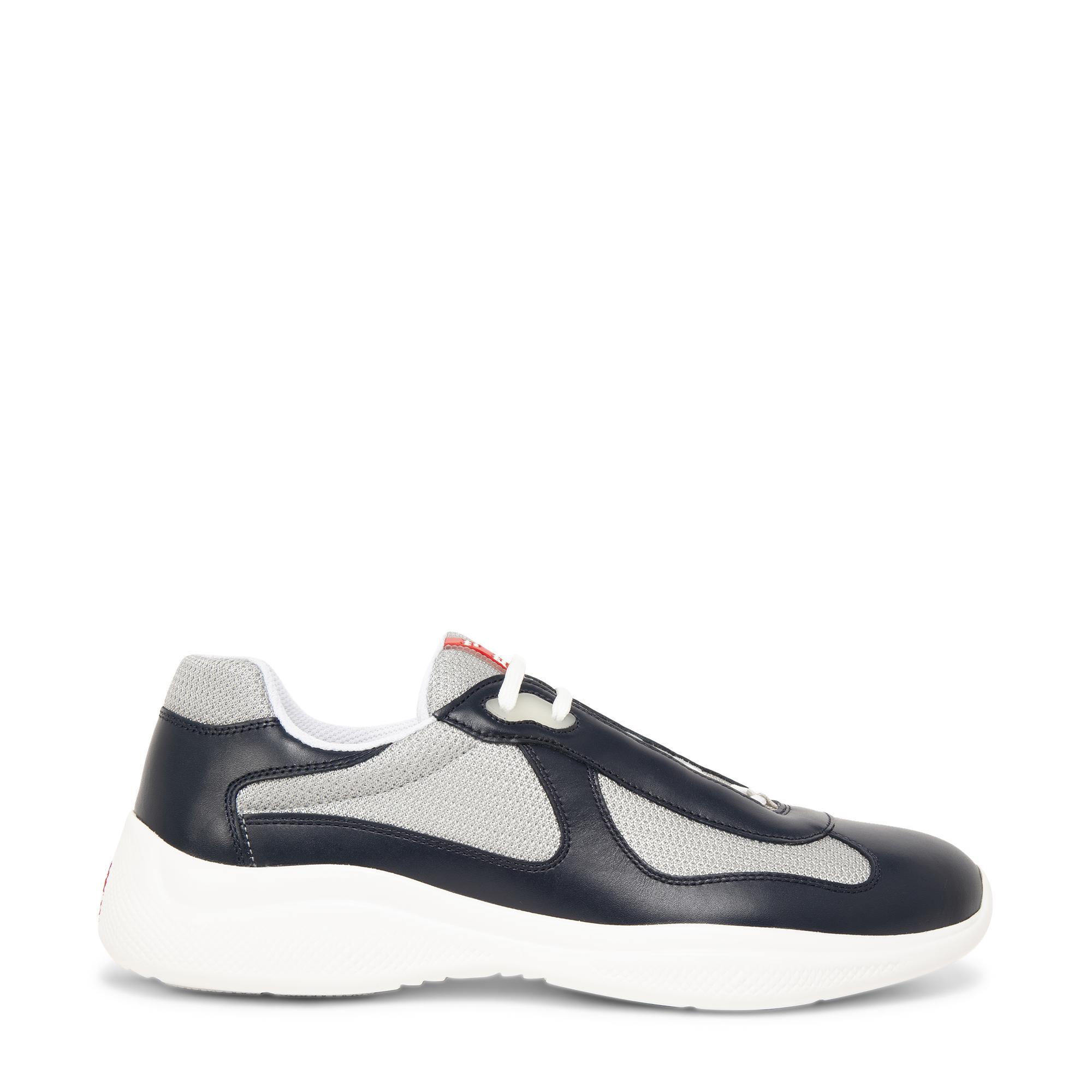 """حذاء """"أميريكاز كاب"""" الرياضي"""
