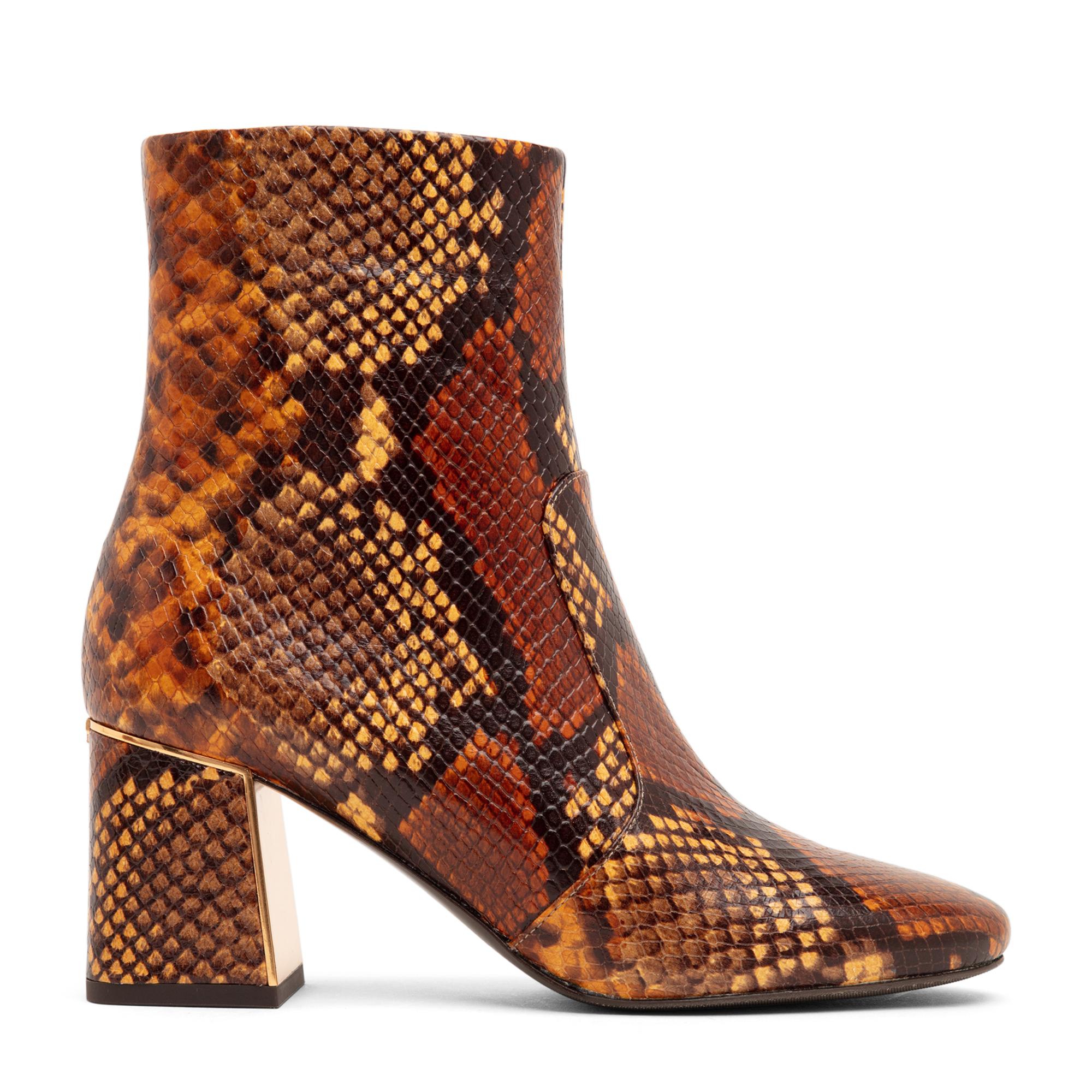 Gigi boots