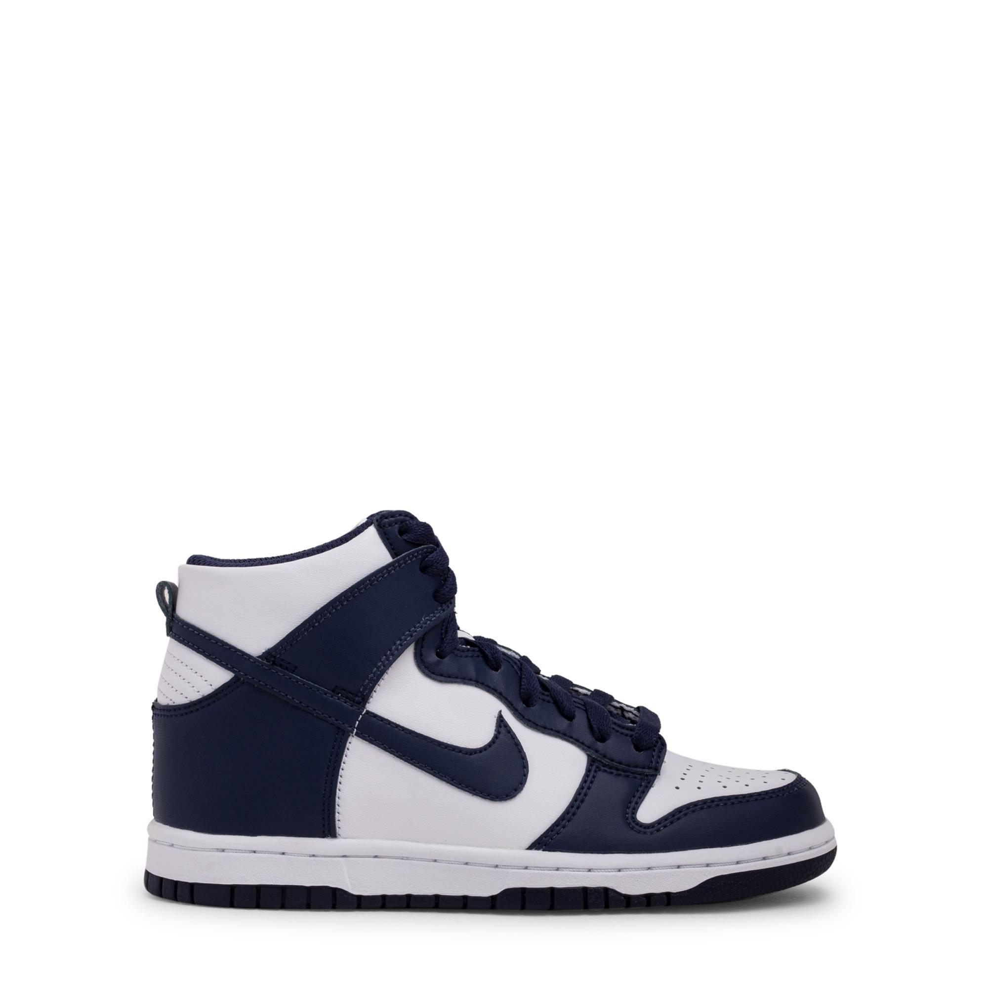 """حذاء """"دانك هاي"""" الرياضي"""