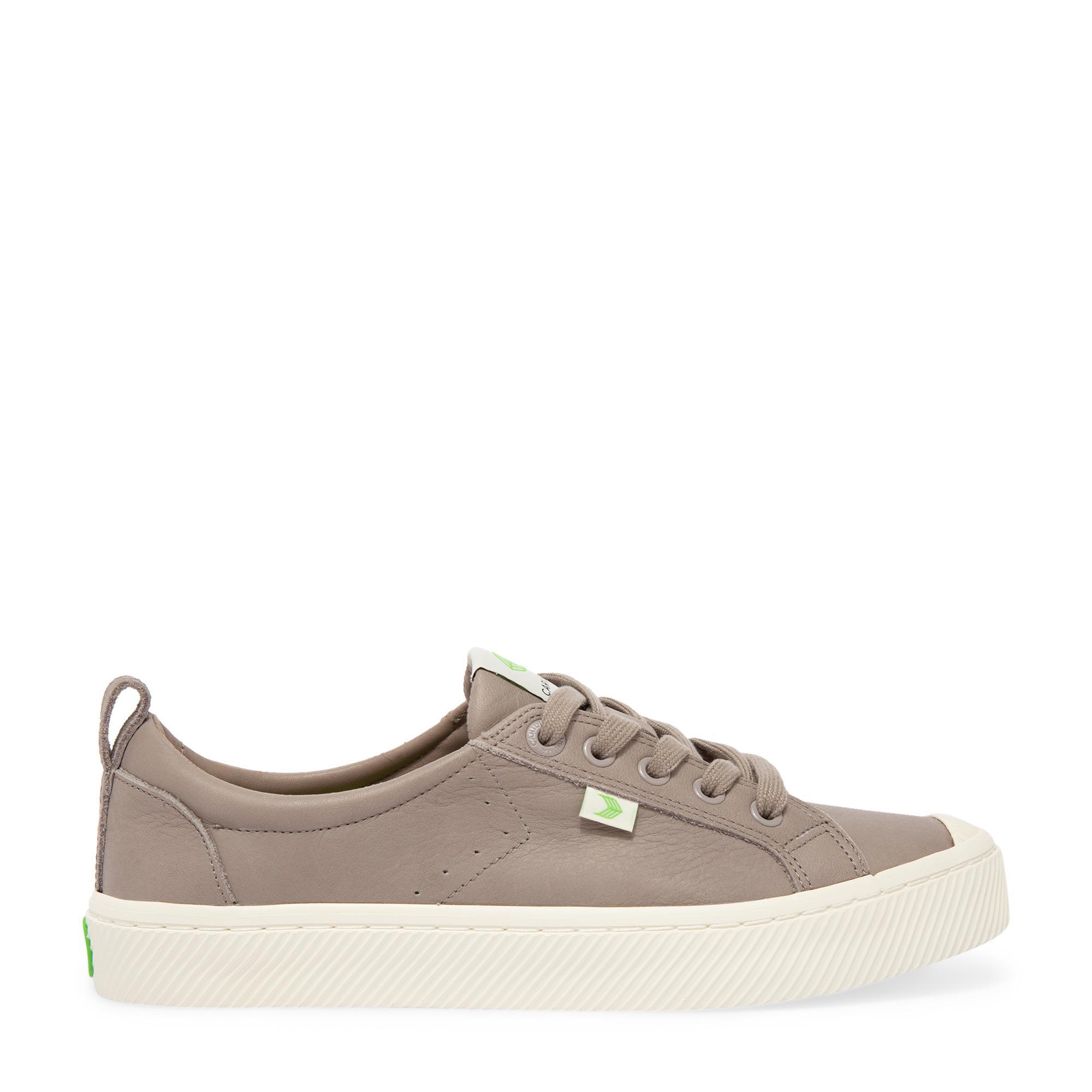 """الحذاء الرياضي """"أوكا"""""""