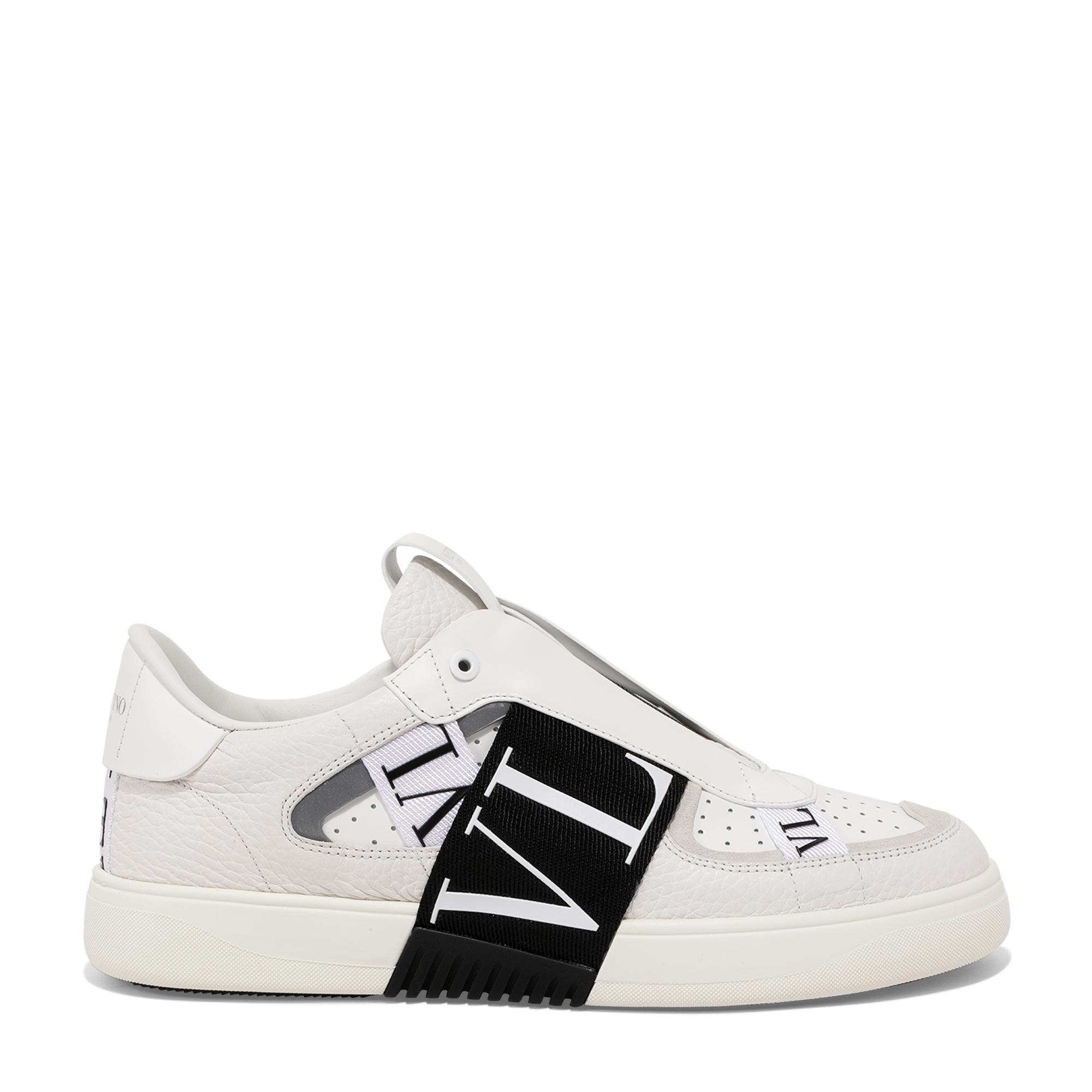 """حذاء """"في إل 7 إن"""" الرياضي بدون أربطة"""