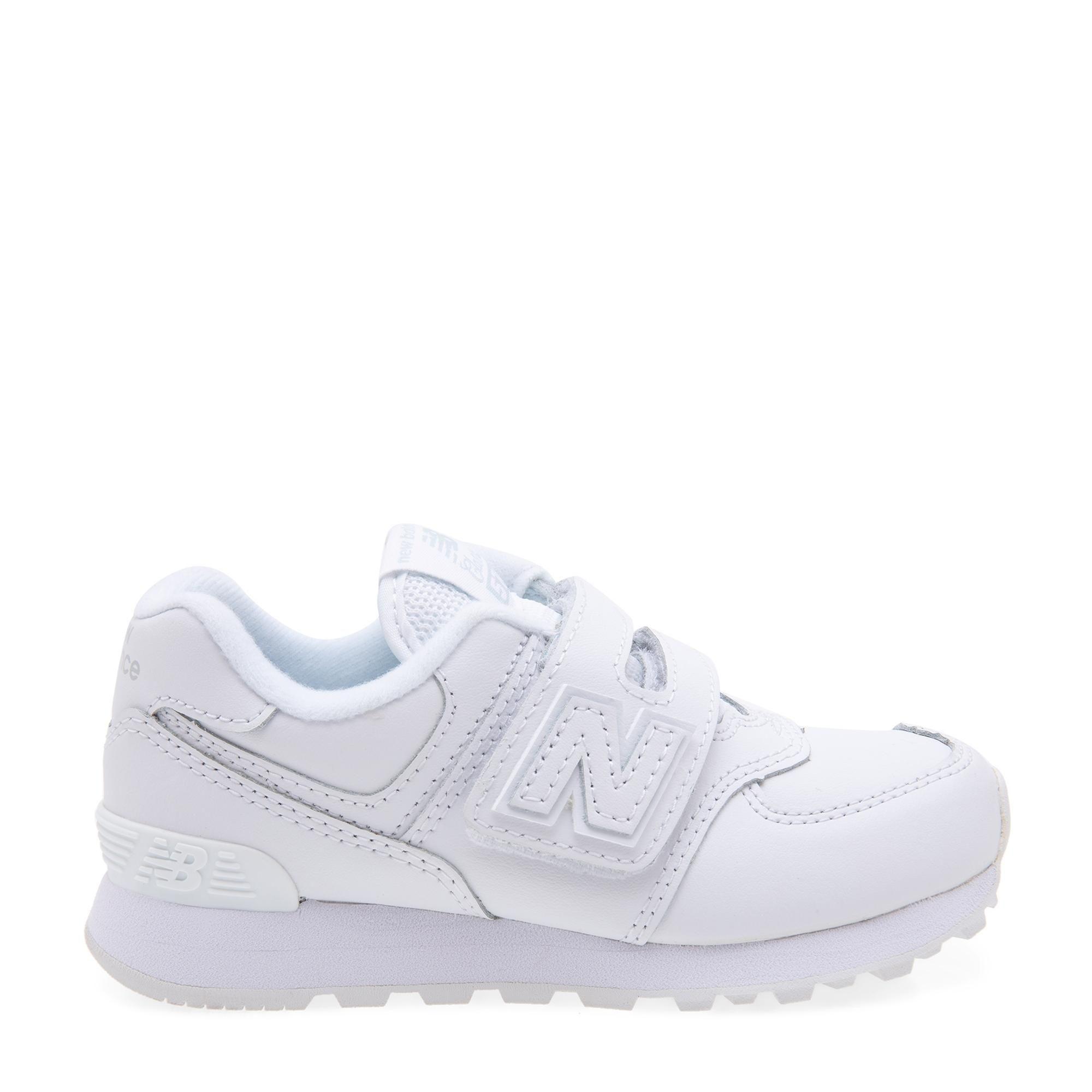 """الحذاء الرياضي """"574"""""""